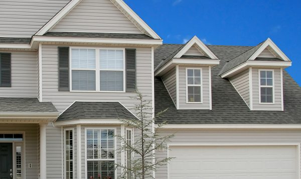 Vinyl or Aluminium Siding