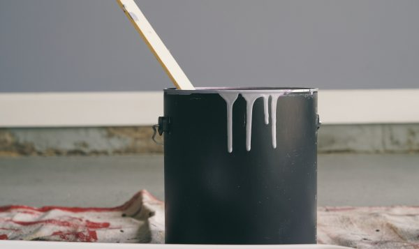 5 easy steps to know if your old paint is still usable