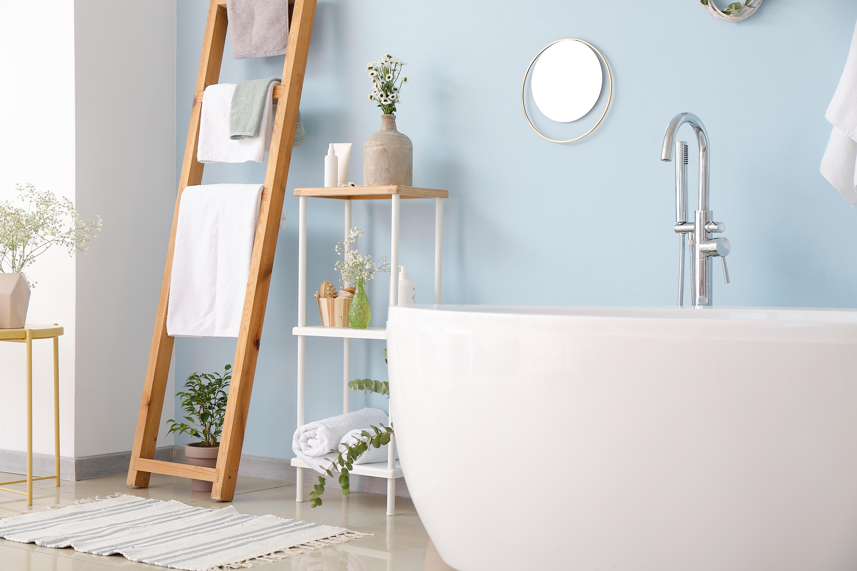 Salle de bain blue poudre decoration peintures mf