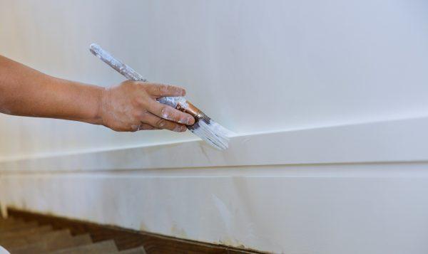Comment peindre vos portes, les cadrages et les moulures comme un professionnel?